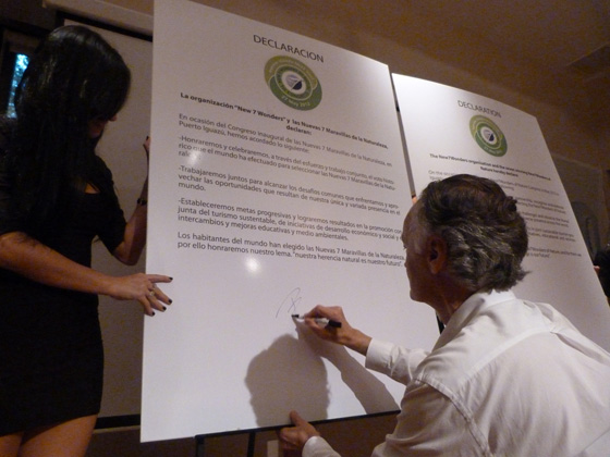 Bernard Weber, Founder-President New7Wonders, signing the Declaration at yesterday's New7Wonders of Nature Congress in Iguazu, Argentina.