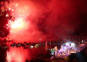 Spectacular fireworks display marks inauguration of Halong Bay